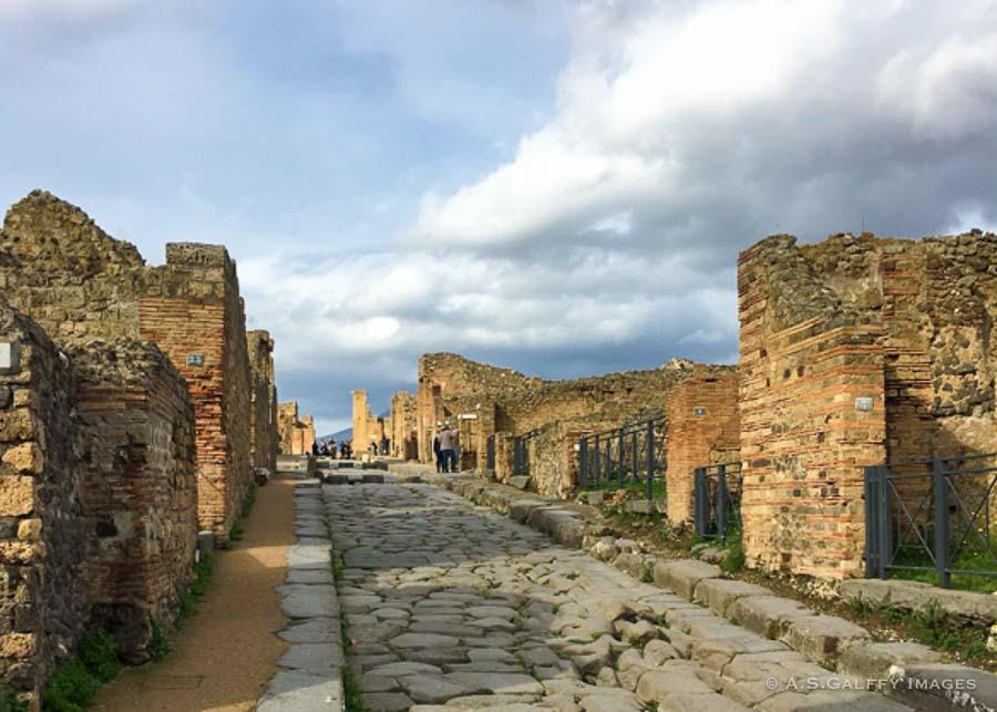 10 Days Italy Itinerary: Pompeii
