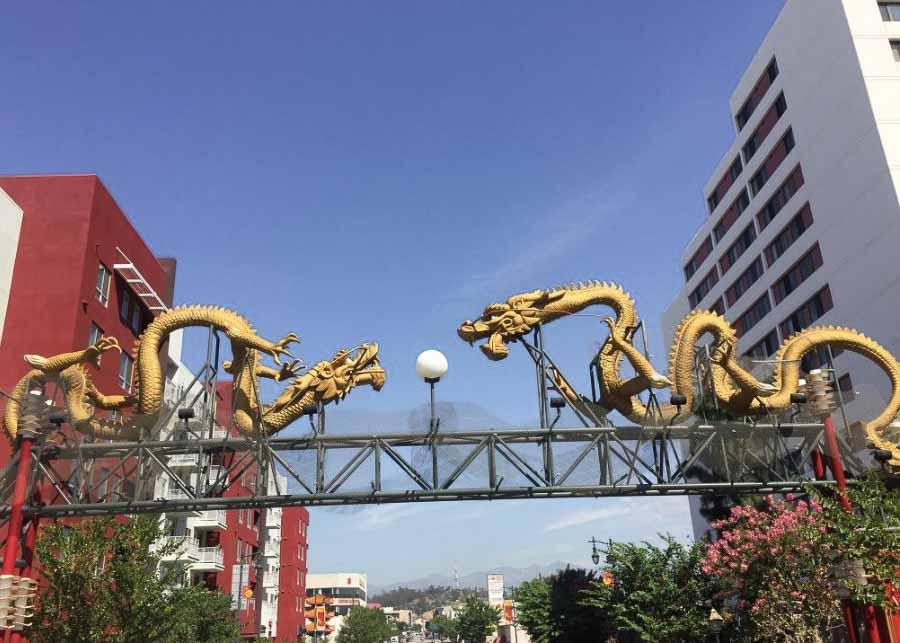 Chinatown Gateway Monument (The Dragon Gate)
