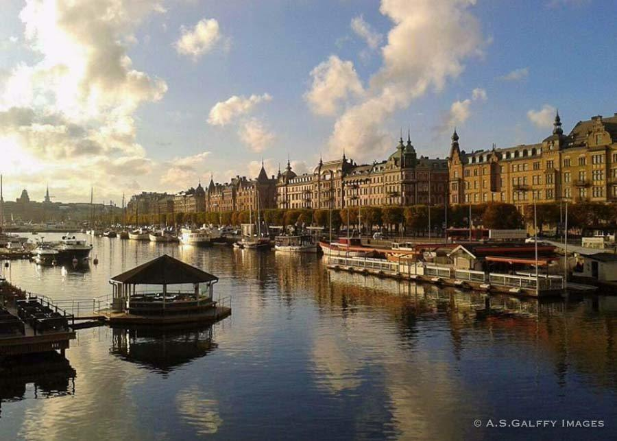 taking a boat tour, one of the best things to do in Stockholm in a week