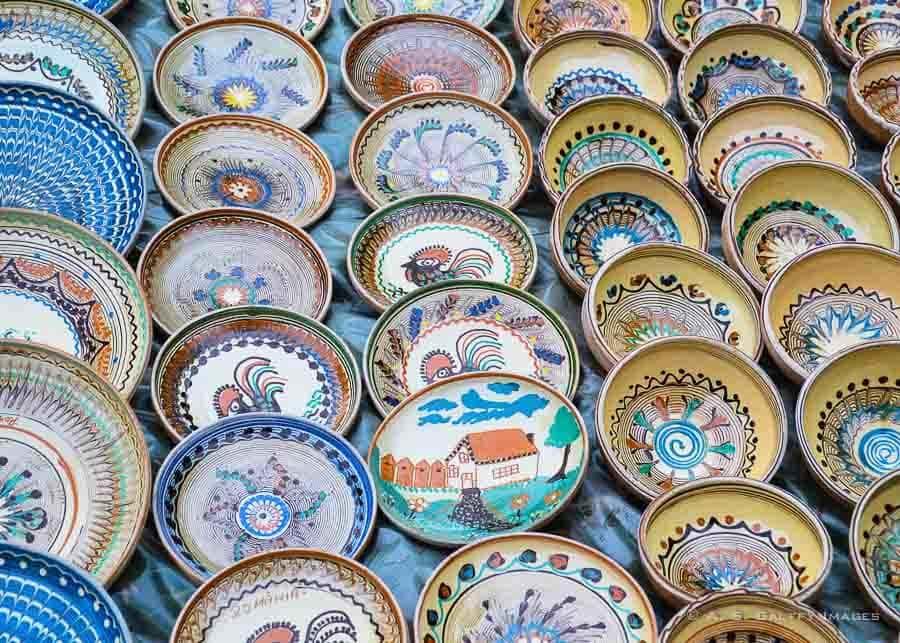 Romanian souvenirs: Horezu pottery