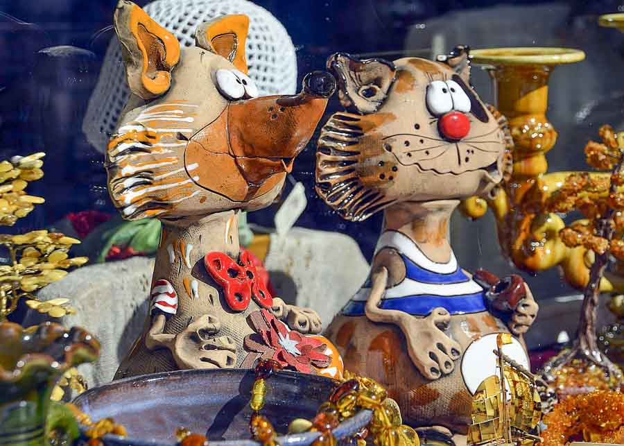 Funky French ceramic figurines