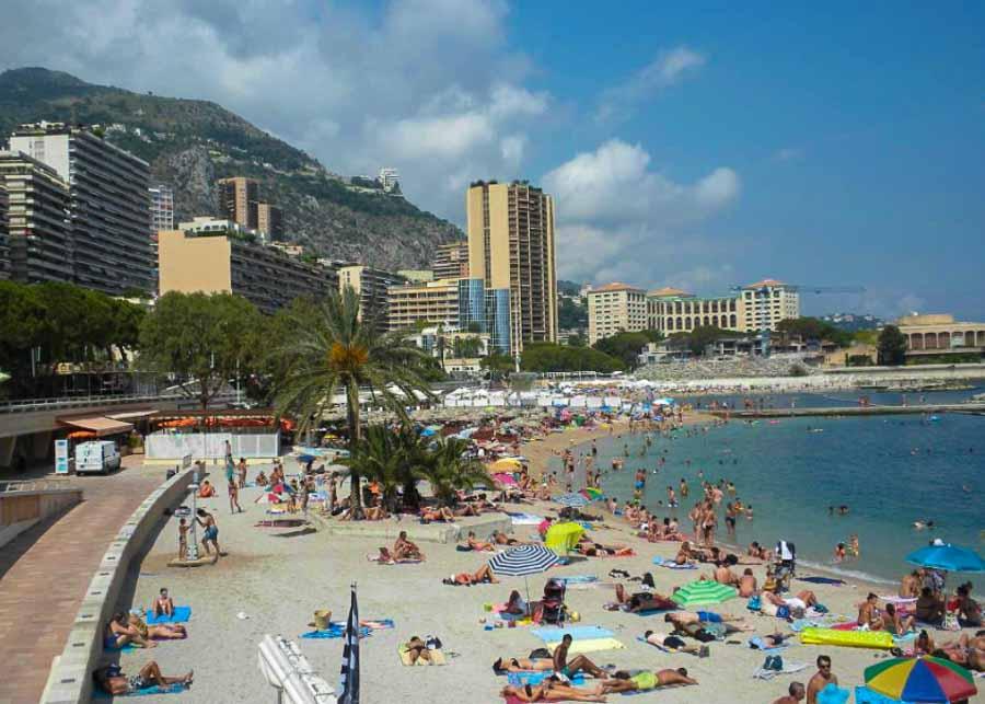 Plage du Larvotto in Monaco