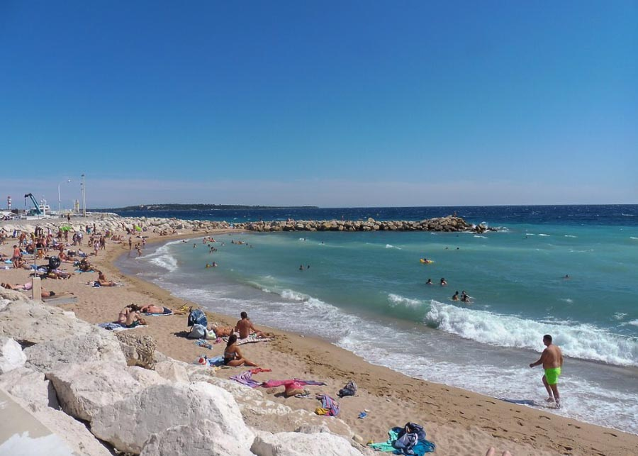 Bocca beach in Cannes
