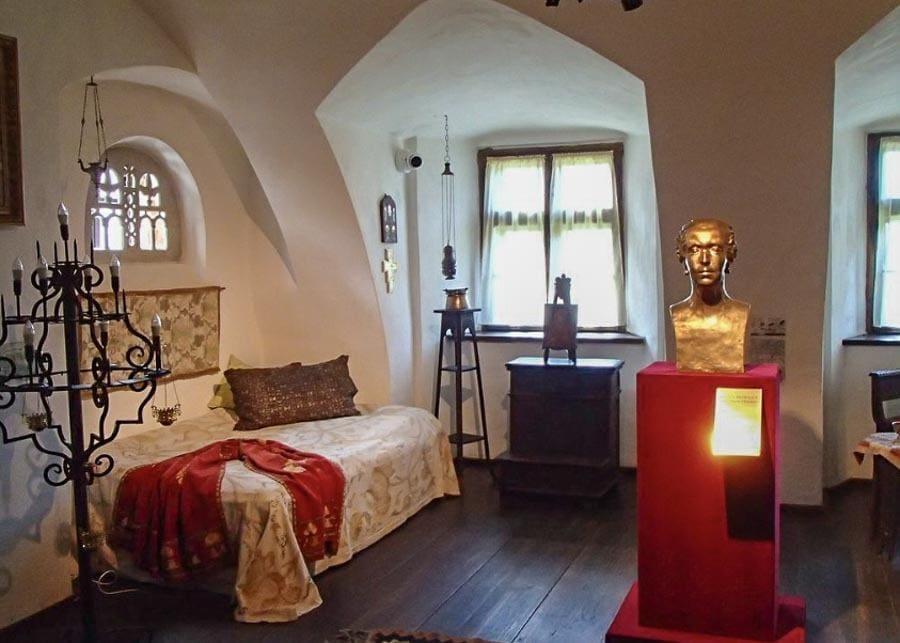 Bedroom at Bran (Dracula) Castle in Romania