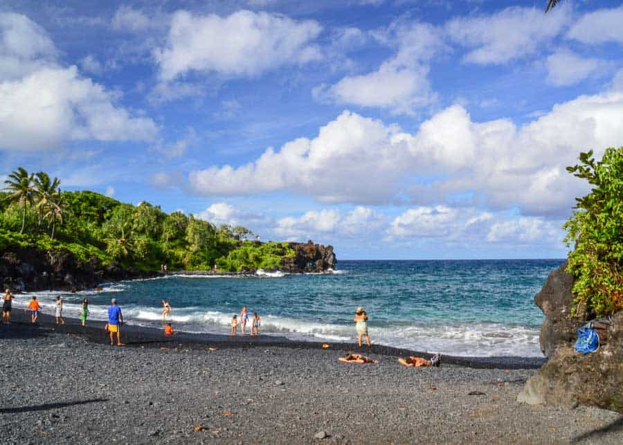Pa'iloa Beach Black Sand Beach