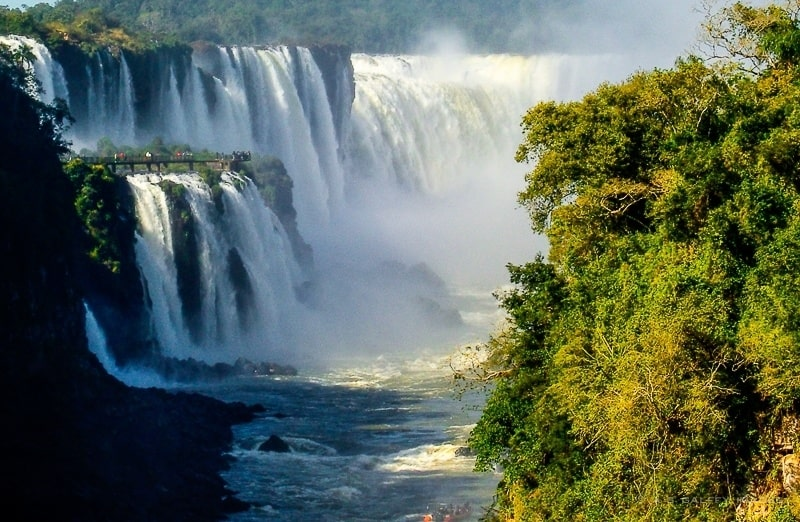 The Mighty Falls of Iguazú